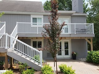 Lovely Vacation Condo min from Beach, Village at Blue, Scandinave Spa