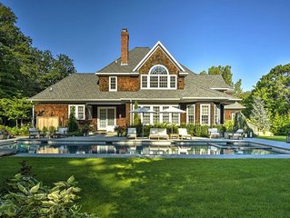 *NEW* Gorgeous Estate with Pool by Beach, Lighthouse, Wineries & Farmers Market