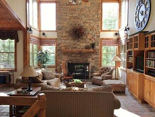 Warm & Inviting BIG 5BR/5.5BA, 5 Private Bathrooms, Hot Tub, Screen Porch, Deck