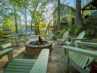 Helen's Newest & Most Luxurious -  Located on the River & Walk to Downtown Helen