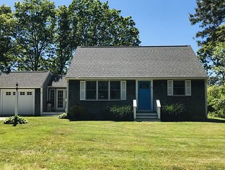 Charming East Falmouth Cape with close access to Eel River and beaches