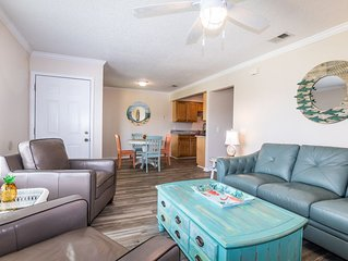 "SPECIAL LOW PRICES! ""Happy Place"" Gorgeous 2/2 Condo 5 minute walk to Ocean!!!!!"