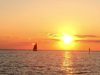 Outstanding Views of Pamlico Sound and Sunsets