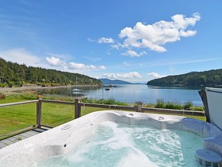 No Bank Beach House at Obstruction Pass with Buoy & Hot Tub! Dog Friendly!