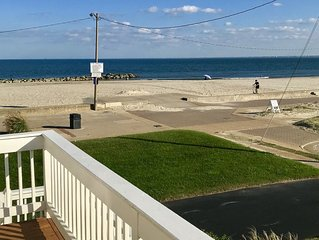 The Heron's Reach- a relaxing condominium on Buckroe Beach!