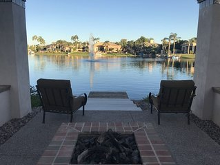House built 2016! Modern, Super-Clean, Resort Living 2bdrm/2ba, Pool, Spa, Lake!