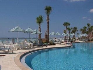 Aqua 1702 Open 10/3-11 Includes Beach Service 3BR/3BA--2 king BRs w Gulf views