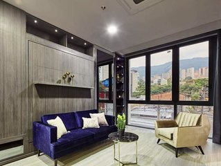 Luxury Two Bedroom Suite in Lleras with Jacuzzi