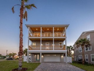 Ocean View Home with Pool, Sleeps 10. Discounts for extended stays