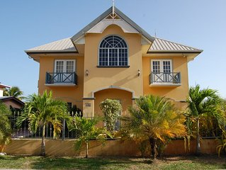 Beautiful four Bedroom Villa-Casa Del Sol Tobago, ideal location