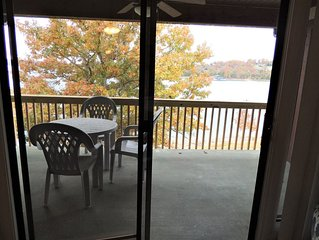 'NEW' Sanctary 3 #440 Anchor Point Condo's on Table Rock Lake