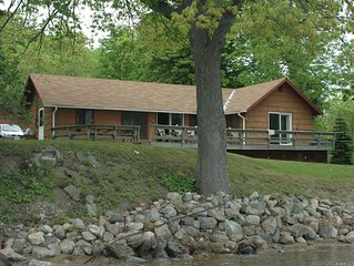 Heart Bay on Lake George - 2 Bedroom Cottage, Private Dock