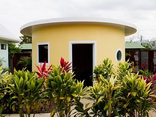 Brand new unique yellow round bungalow with AC/WIFI/POOL