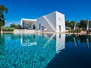 Villa Apulia Pool is a unique private home suitable for 8 people
