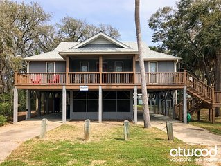 Cupid's Nest - Quick Walk to Beach; Close to Shops/Restaurant; Screened Porch