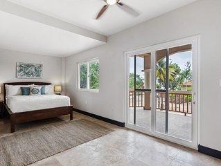 Seahorse Villa Renovated 2018 | Pool w Beach Access | Sleeps 10 | near Placencia