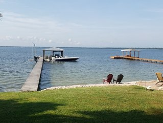 LAKESIDE LUXURY W/ PRIVATE DOCK ON LAKE JUNE!