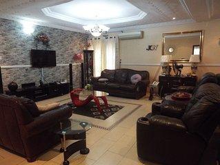 Super Luxury Fully Furnished 3-Bedroom Dupl