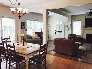Charming Bungalow, 3 bedrooms/2 baths - West Midtown, Atlanta