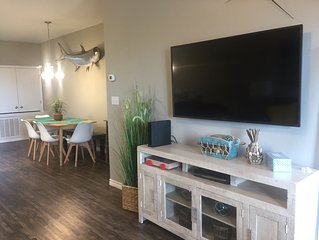 2 bedrooms/3 bath, Water View Townhome, sleeps 8, pets welcome