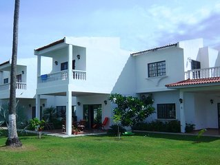 Duplex house to rent with swimming pool