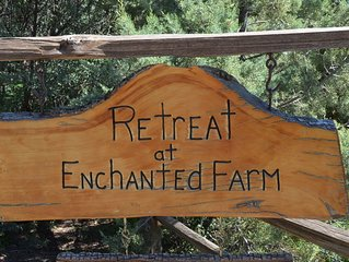 Quiet getaway in the country yet close to everything...pet friendly