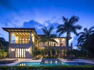 Villa Benavente, Luxury Golf front Villa in Hacienda Pinilla