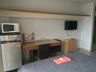 Savi Rooms..Super Deluxe Studio(1)near Bkk/Piyavet hospital & famous night life