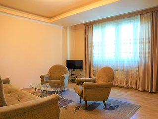 Cozy and sunny apartment in the Center of Yerevan