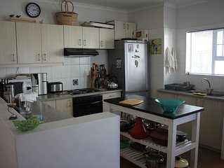 GARDEN ROUTE SELF CATERING HOUSE - HUBBS PLACE is in Sedgefield close to Knysna
