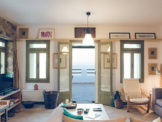 Plori house, Relax in a comfortable house with unobstructed view of Aegean Sea