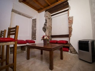 Beautiful studio in Queretaro historic centre with private bathroom