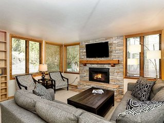Great Group or Family Rental! Walk to Snowmass Base Village, Ski School. Outdoor