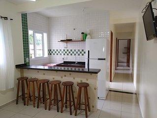 Apartamento com piscina e área lazer, 2 quartos, mobiliado, próx a Martim de Sá