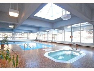DOWNTOWN - LUXURY CONDO - FULLY FURNISHED