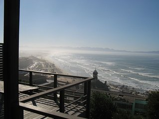 Apartment with stunning sea views from this Muizenberg apartment