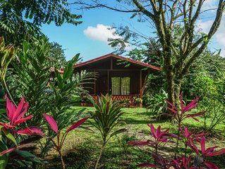 Nature Lodge, Breakfast included, panoramic volcano view, 'standard room', HAF