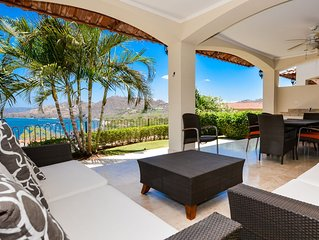 Pleasing ocean views of Playa Hermosa and mountain view of the Cacique Peninsula