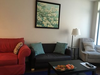 Executive Upscale Neighbourhood 1Bedroom/Den in North Vancouver