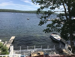 Weekend getaway in downtown Meredith on Lake Winnipesaukee  5 BDRM/5.5 Bathroom.