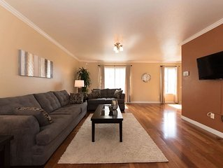 RENT ENTIRE TOWNHOUSE NEAR LAX AIRPORT