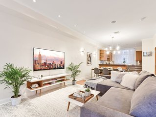 Stunning 3 bedroom home  in a historic townhouse in the heart of Manhattan!12
