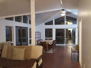 Walk to Beach, The Hideout Resort, Five Bedrooms, Ample Parking, Clean