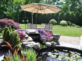 Nature Lover's Paradise: .5-1mile to beaches, nature walks, golf, museums, coupl