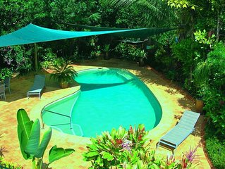 AQUATICA - Luxe Holiday Home