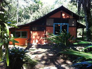 Casa charmosa  'Pé na Cachoeira', Pagamento em até 12 x sem juros no cartão.