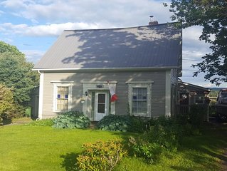 Sal's Place BnB Granville Ferry & Annapolis Royal NS - Sal's Place BnB Double Ro
