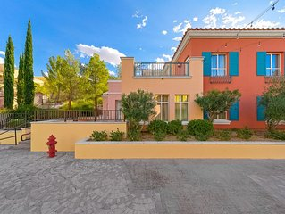 New Listing 3 Bedroom Casita, Steps to the Lake, Grocery store & Restaurants