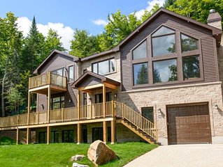 Chalet Manitonga Tremblant 5 bedroom and 5 ensuites, hot tub and sauna