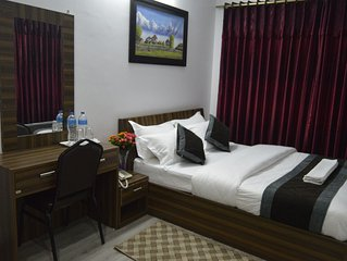 Serviced Apartment & Hotel